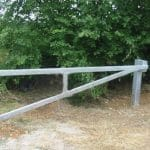 Hingeless Metal Vehicle Barrier